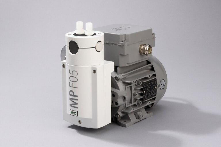 Oblique view of Bellows Pump MP-F05/EX